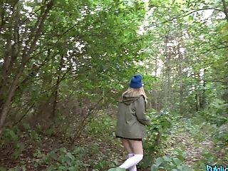 Inhaling A Hard Penis In The Forest Is Amazing For Lola Bambola