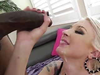 Leya Falcon, Insane Ass Fucking Xxx With A Black Man-meat