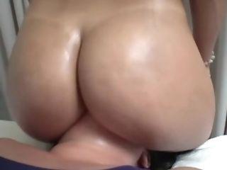Wiggle It On Me