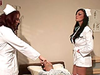Two Perverse Nurses Love Eating And Finger-tickling Their Beavers