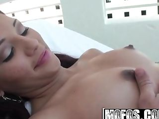 Latina Fuck-fest Tapes - Cassie Cruz - I Like This Vacation