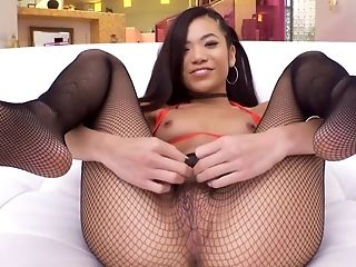 Youthful Petite Asian Stunner Gets Banged Hard By Dangled Paramour