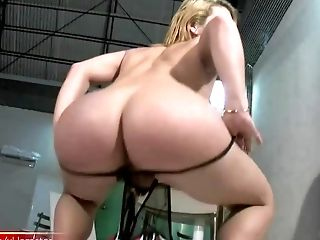 Sandy-haired Shemale Plunges Her Pulsating Shecock In Orange