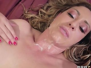 After A Fellatio Eva Notty Gets Her Coochie Eaten And Pounded By A Dude