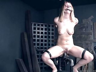 Cootchie And Asshole Electro-stimulation Manhandle For Tied Up Jacey Jinx