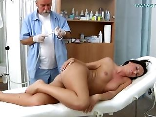 Raunchy Darkhaired Honey Natalie Black Vagina Examin - Barely Legal Years Old