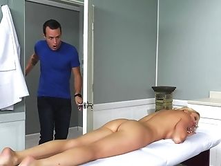 Alexis Fawx Wants Stepson's Sausage And Finds The Way To Coition