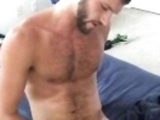 Matt Masturbates Off
