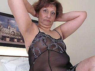 Lesbia fuck naked vida