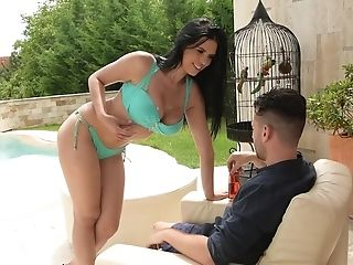 Amazing Intercourse By The Pool With Kira Queen