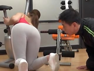 Fit Japanese Honey Twat Pounded And Fingerblasted At The Gym