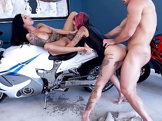 Lily Lane Looking For A Rail And Instead Of That She Luvs A Threesome