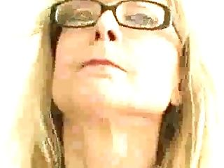 Lusty Nerdy Cougar Nina Hartley Wanna Get Her Matures Cunt Fucked Missionary