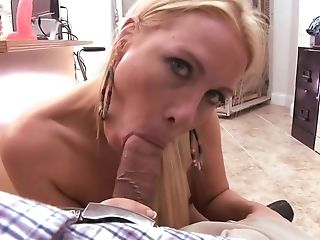 Blonde Cougar Shows How She Can Suck And Rail A Fuckpole In The Office