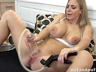 Super-naughty Damsel Plays With Her Cunt Using Vacuum Pump