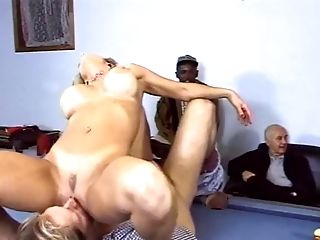 Charming Blonde Rod Railing While Her Anal Invasion Is Fingerblasted