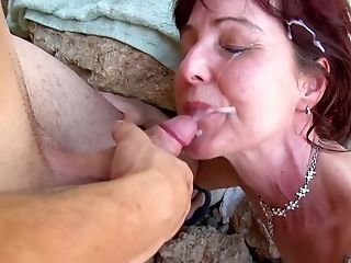 Joycelina Loves Outdoor Fuck And A Facial Cumshot With A Stranger At The Beach
