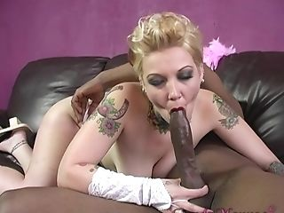 In This Dirty Story Horny Dude Is A Voayer And Candy Monroe Getting Fucked