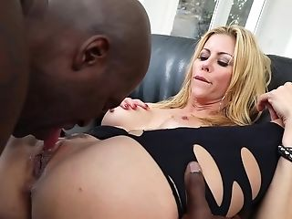 A Bimbo With A Big Bootie Is On Top Of A Hard Black Dick On The Sofa, Fucked