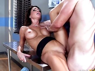 Brazzers - Hot Medic Jessica Jaymes Milks Co