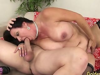 Tasty Older Dark Haired Leylani Wood Anxiously Rails A Hard Fuck-stick