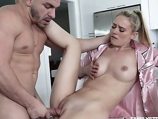 Sexy Stepmom In Pajamas Addie Andrews Tempts Her Stellar Stepson