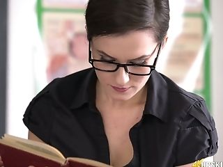 Nice Upskirt Vid Of Welsh Bookworm Charlie Rose Reading A Book