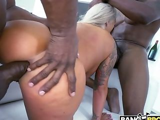 Fabulous Big Titted Blonde Head Brandi Bae Is Blessed To Take Dual Foray