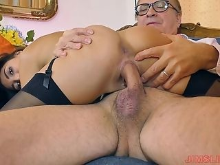 Latina Doll Frida Arch Over While Throbbed Gonzo