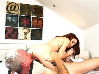 Yummy Crimson Haired Masseuse Lola Fae Gets Intimate With Old Customer