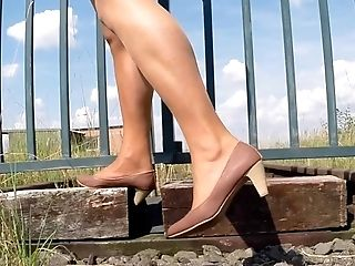Feet And Gams Outdoor Ll