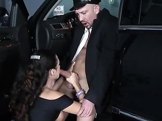 Limo Driver Gets A Chance To Please His Huge-boobed Customer
