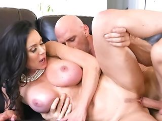 Johnny Sins Gets Acquainted With Fuckbox Of Kendra Enthusiasm Closer