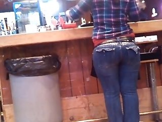 Big Butt Waitress