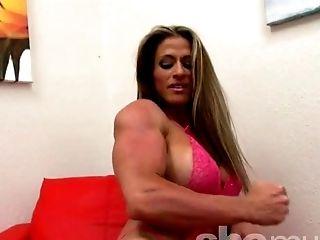 Sexy Maria G Posing