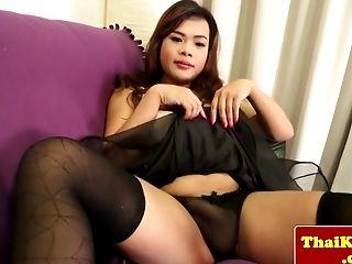 Xxx shemale big tits at big tits porn page