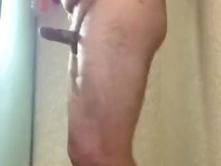 Chubby Heterosexual Dude Wanking In Bathroom! Straightguy1996
