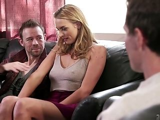 Keira Nicole Gets Her Cooter Pounded By A Stranger Until They Both Spunk